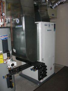 primer TČ zrak voda z integriranim rekuperatorjem